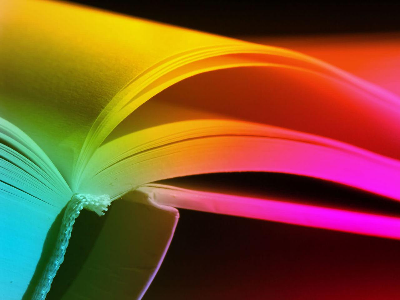 gkleurd boek